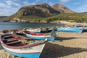 new/20191004 awl 3/africa cape verde santiago fishing boats beautiful