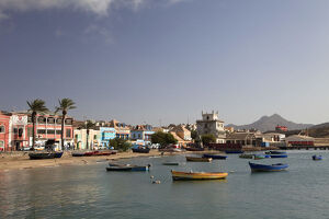 new/20191004 jai 2/cape verde sao vicente mindelo harbour